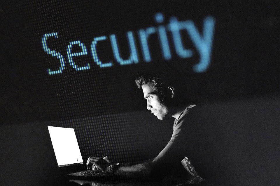 photographic of computer hacker